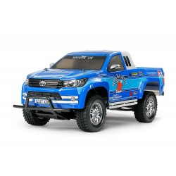 TAMIYA CC01 TOYOTA HILUX EXTRA CAB  (CON LUCES)